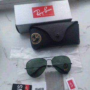 Ray-Ban Aviator Sunglasse